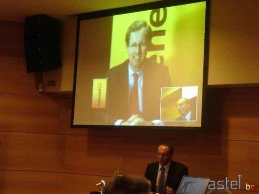 Duco Sickinghe, le patron de Telenet, en visioconférence avec Bernard Moschéni, celui de Mobistar - 12.5ko