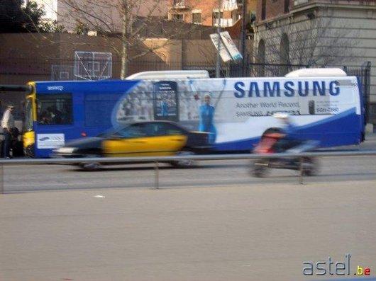 Par contre, Samsung roule en bus, lui;-) - 44.2ko