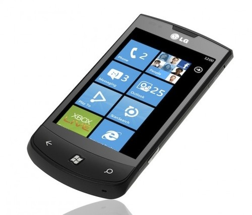 The Definitive Guide to Windows Phone 7 Handsets 3